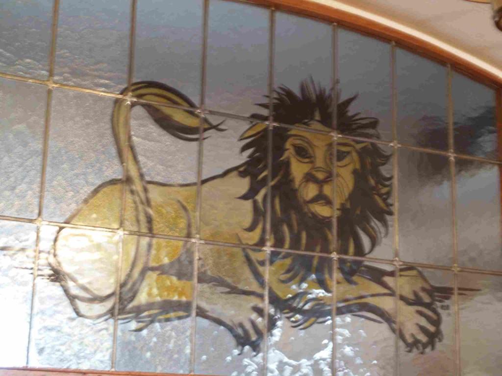 Fensterbild über der Ausschanktheke